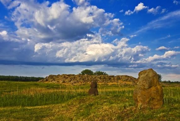 Кам'яна могила фото