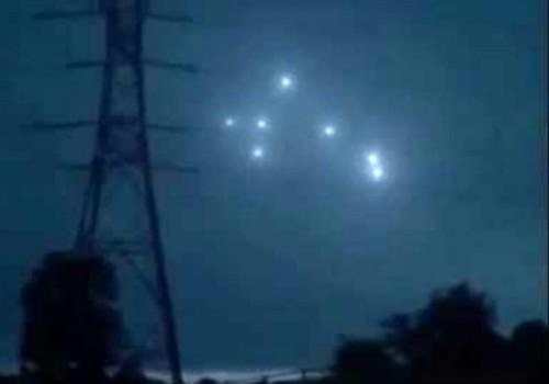 НЛО у небі
